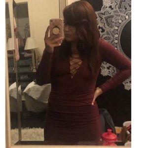 Dresses & Skirts - Red longsleeve tie up dress